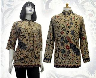 Foto Model on Model Baju Batik Modern Terbaru 2012 Pria Wanita  Batik Wanita Model